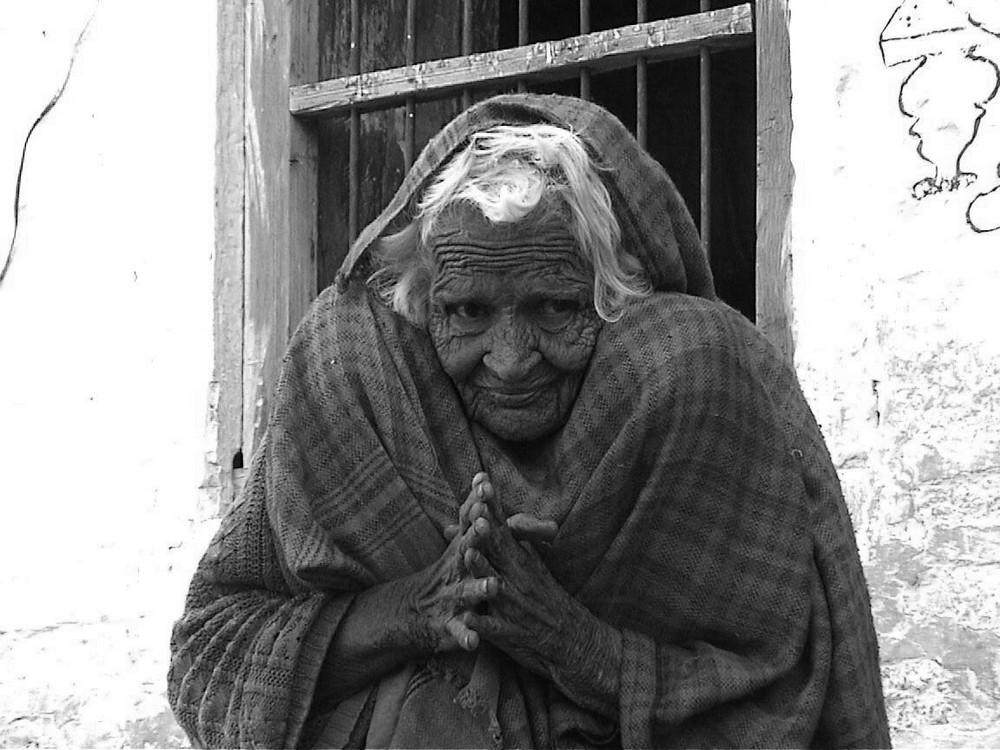 Alte Frau in Jaisalmer