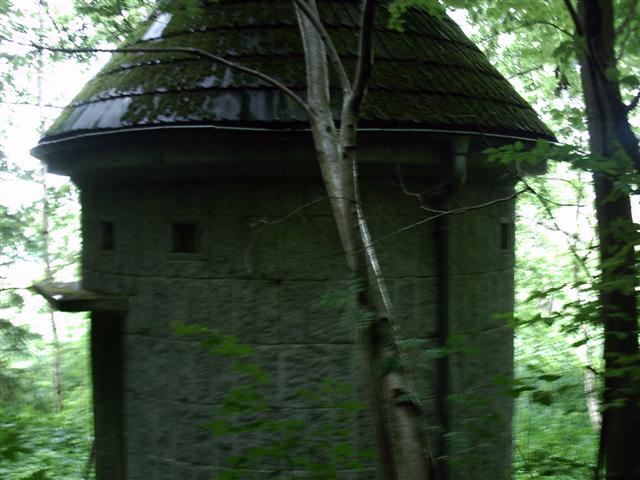 Alte Hütte in der Natur