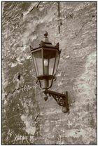Alte Lampe, neue Schrauben
