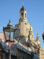 Alte Laterne- neue Frauenkirche