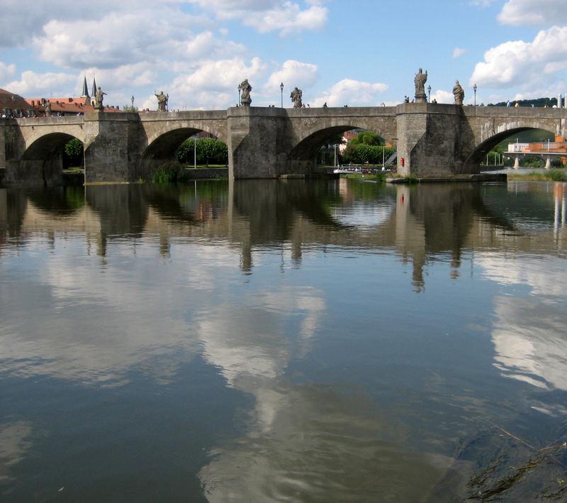 Alte Mainbrücke...