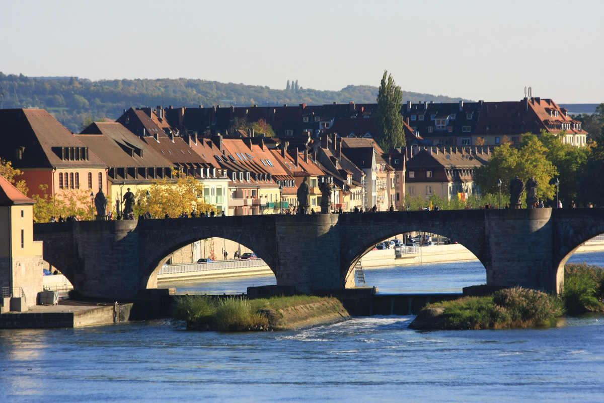 Alte Mainbrücke in Würzburg