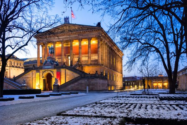 Alte Nationalgalerie zur blauen Stunde