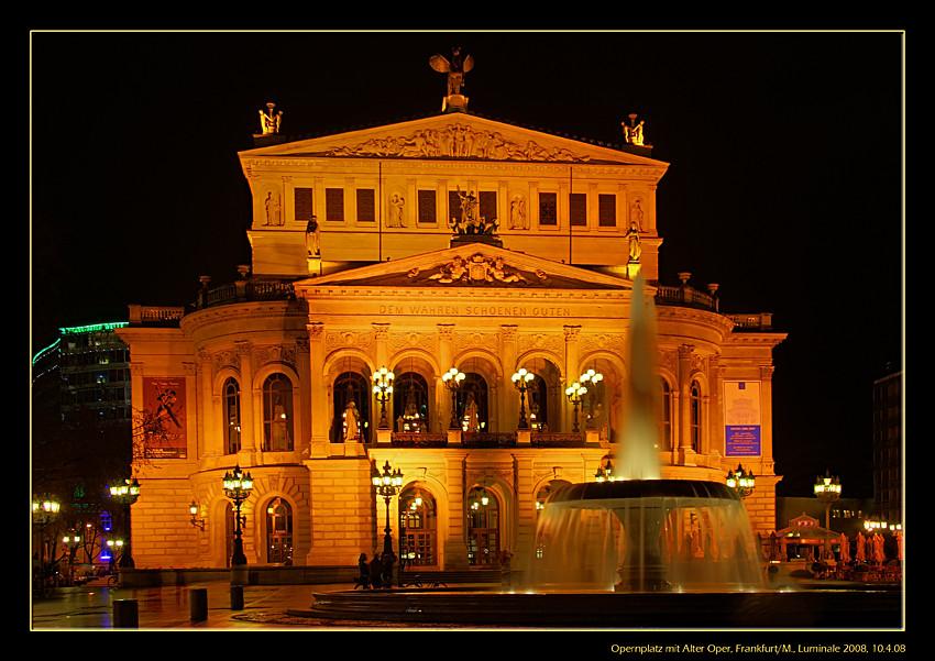 Alte Oper in Frankfurt während der Luminale 2008