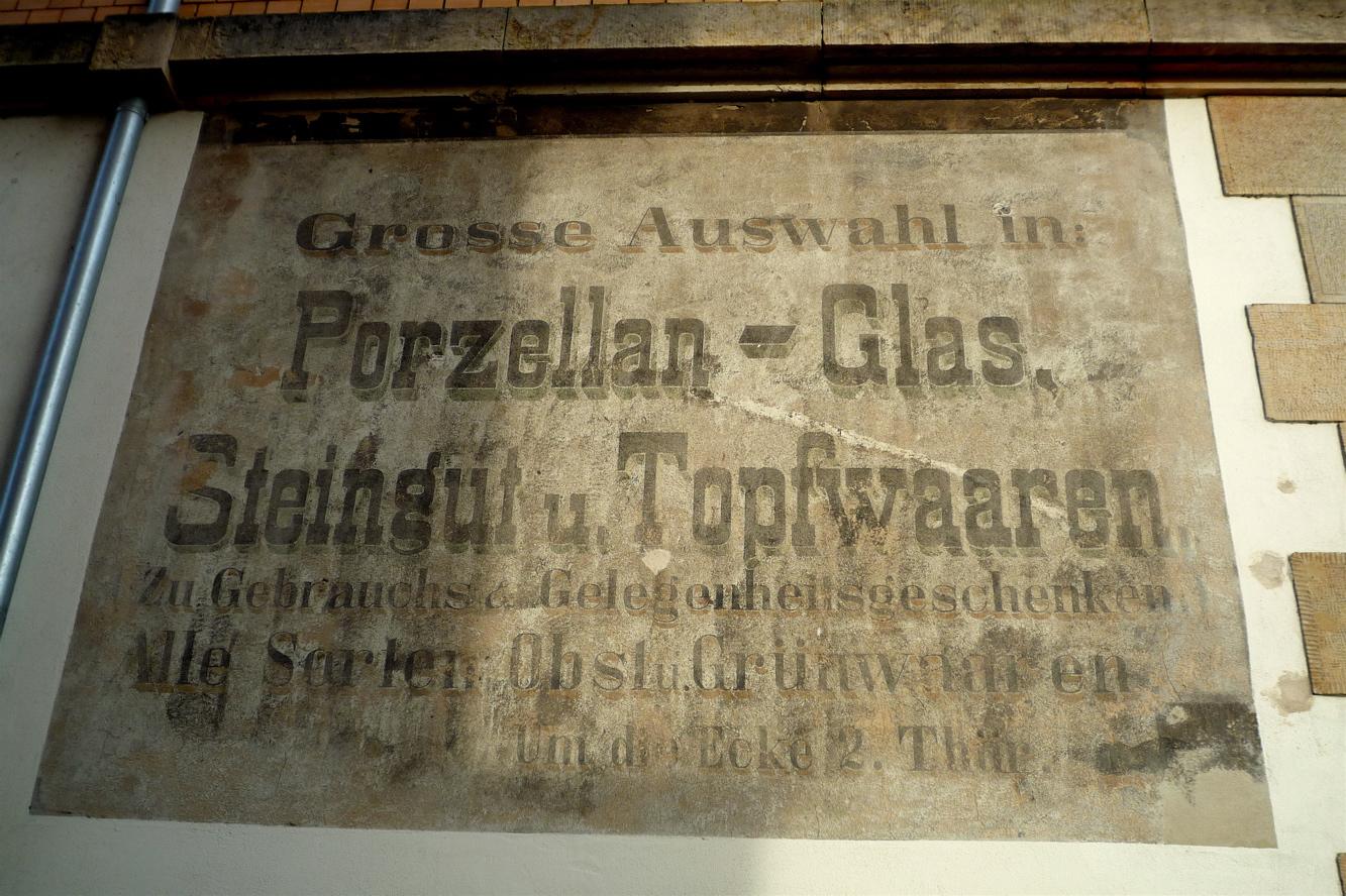 alte Reklame am Körnerplatz