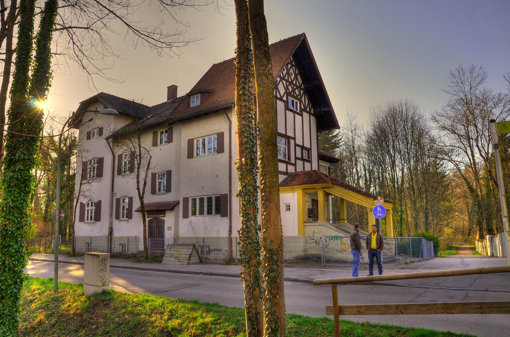 """""""Alte Scheibner Wirtschaftsschule"""""""