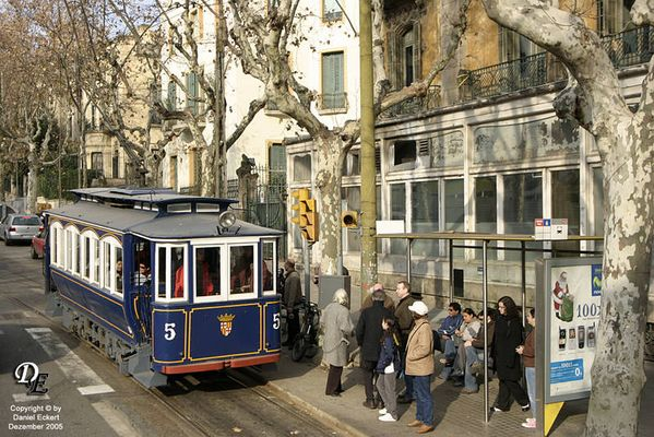 Alte Straßenbahn in Barcelona