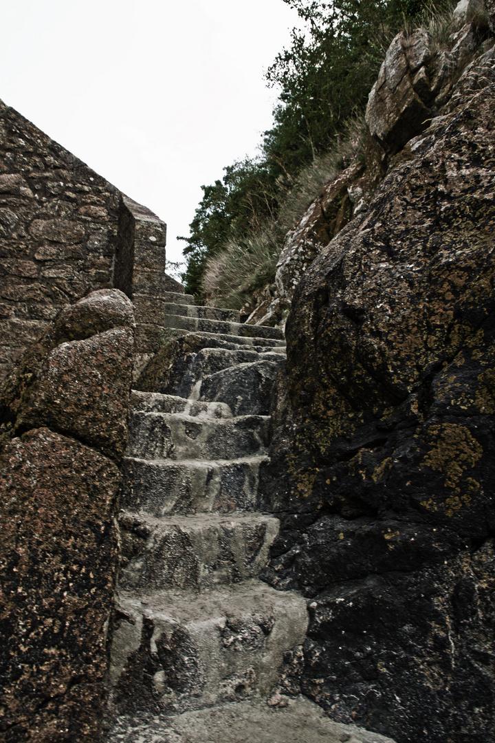 Alte Stufen am Meer