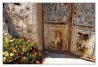 Alte Tür auf Santorin