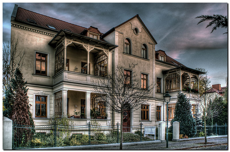 alte villa foto bild architektur motive bilder auf fotocommunity. Black Bedroom Furniture Sets. Home Design Ideas