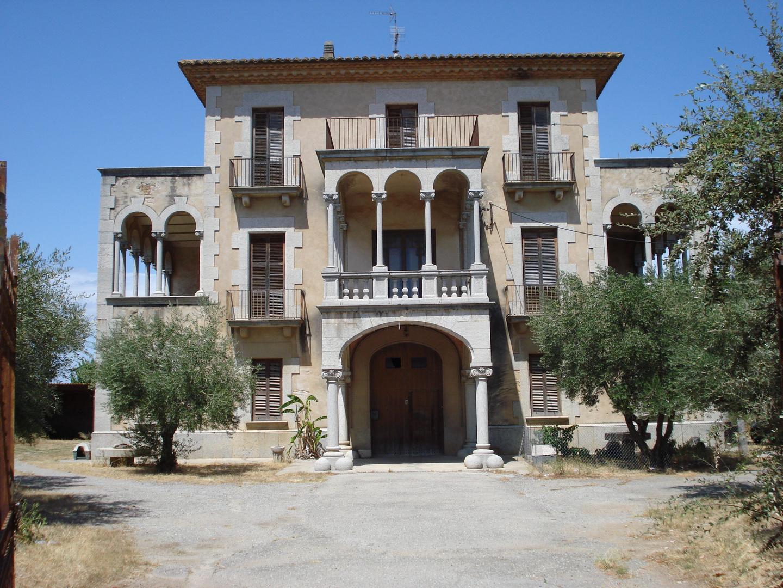 Alte Villa in Viladamat, Spanien