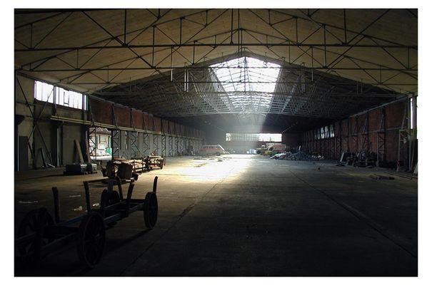 alte Werkshalle III