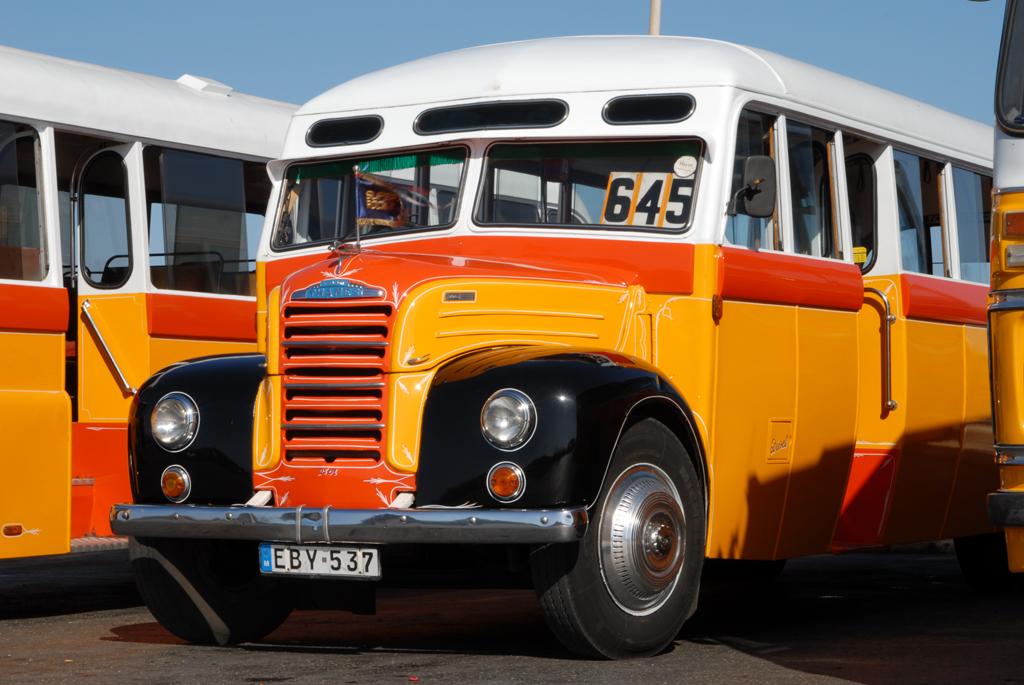 Alter Bus auf Malta
