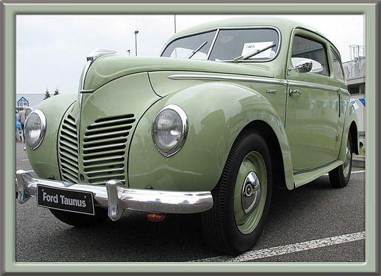 """Alter Ford Taunus (aus der Reihe """"grün"""")"""