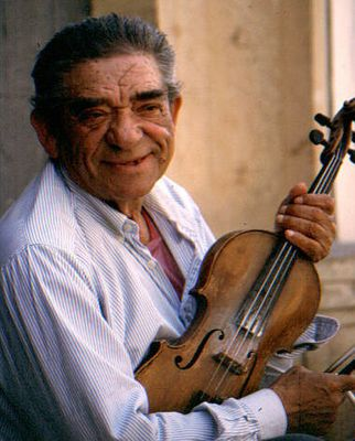 Alter Geigenspieler