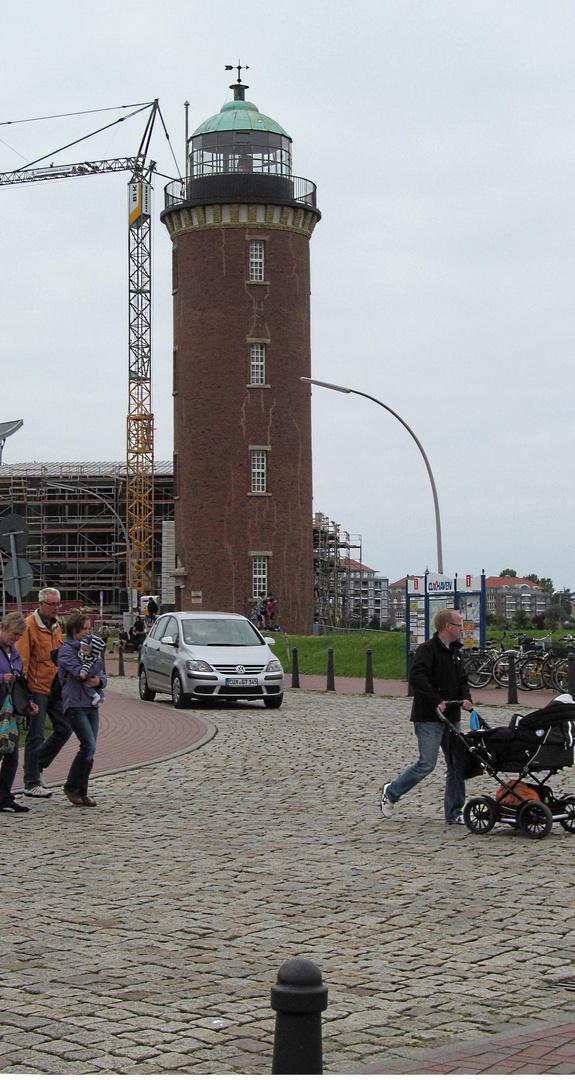 Alter Leuchtturm im Hafen Cuxhaven