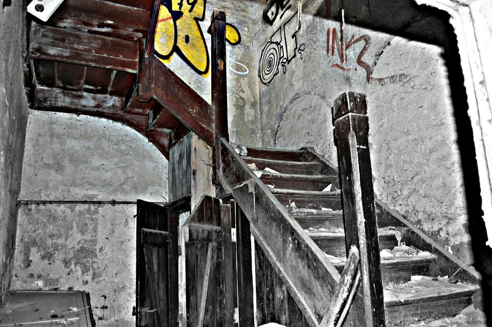 Alter Schlachthof Holztreppe Halle