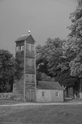 Alter Schlauchturm in s/w