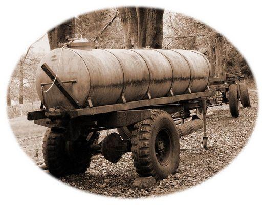 Alter Tankwagen