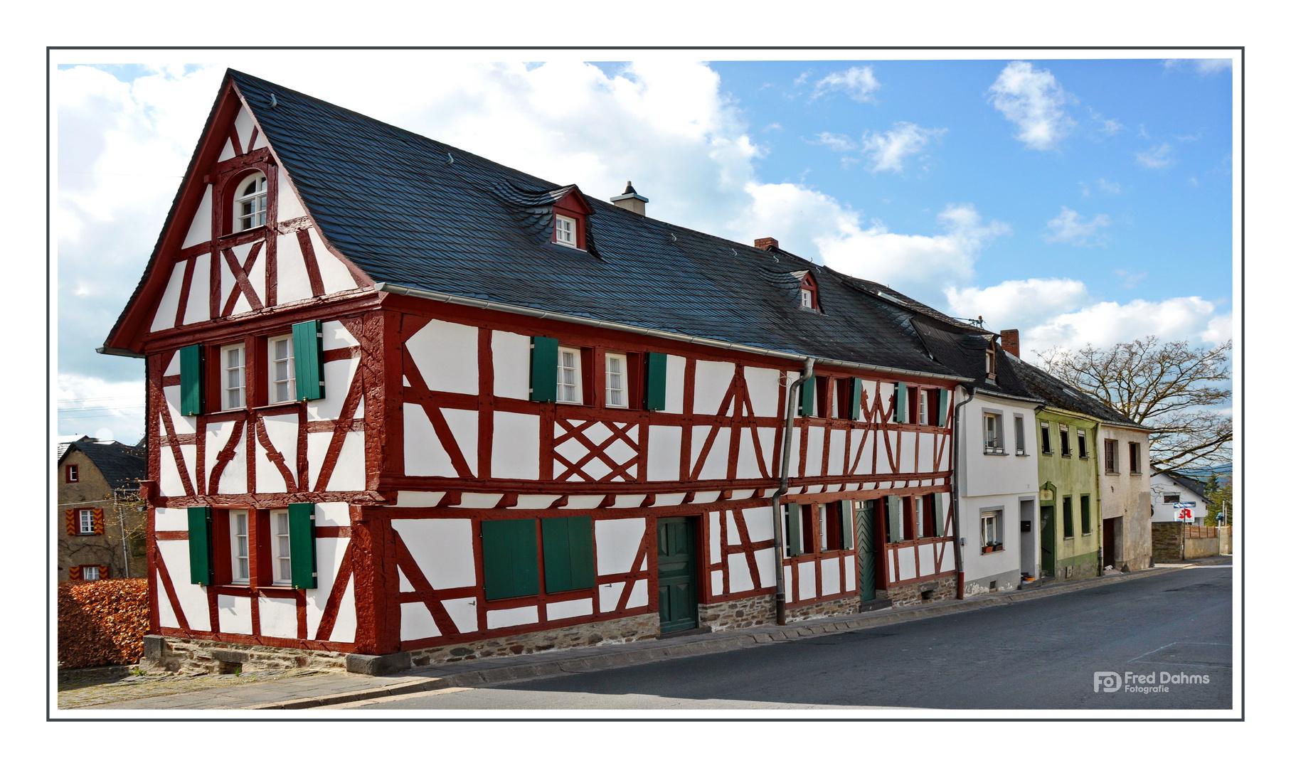 Altes Fachwerkhaus in Münstermaifeld