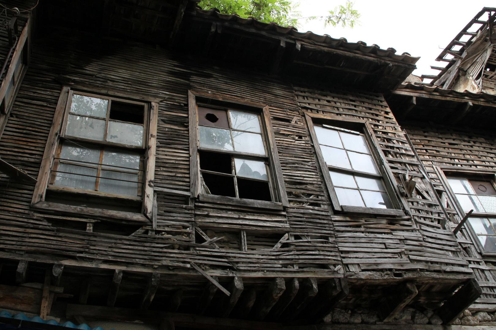 altes Gebäude in der City von Antalya