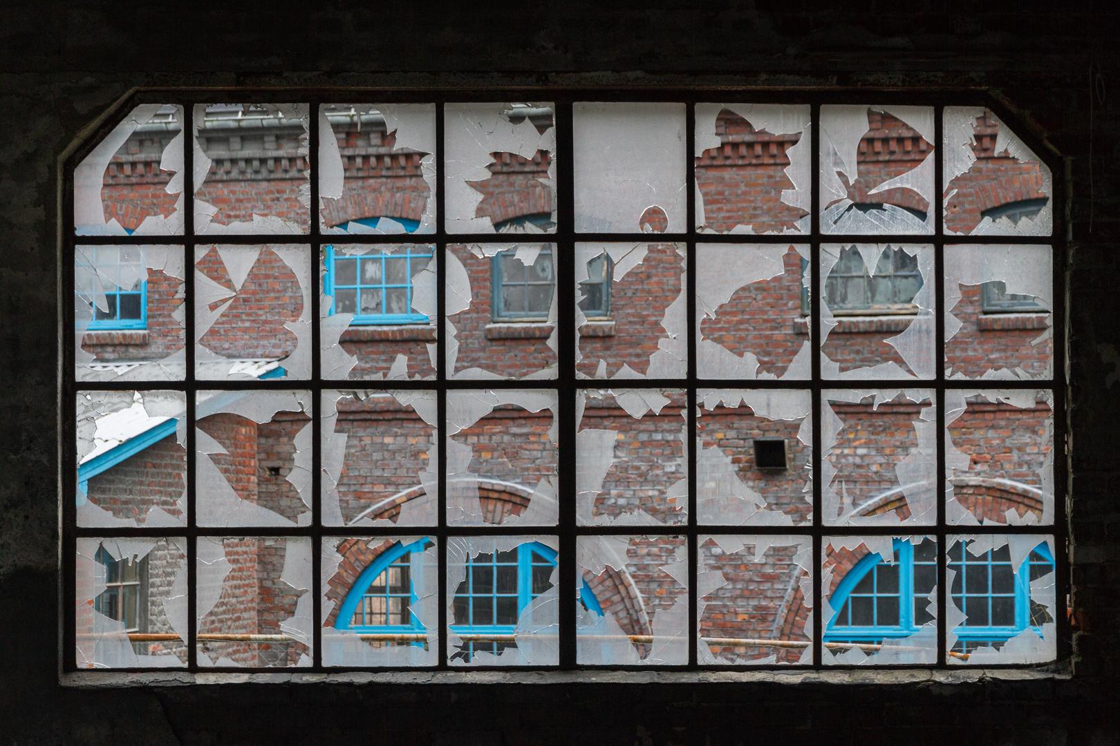 Altes Hallenfenster