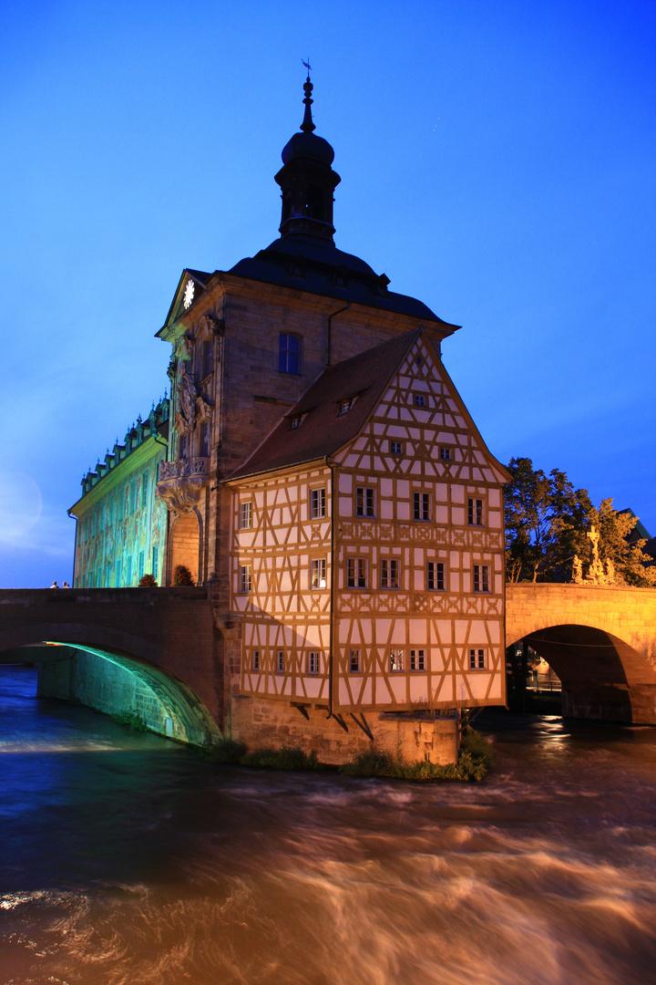 Altes Rathaus Bamberg bei Nacht