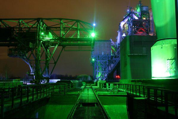 Altes Stahlwerk bei Nacht!