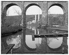 ...Altes Viadukt am Fluss...
