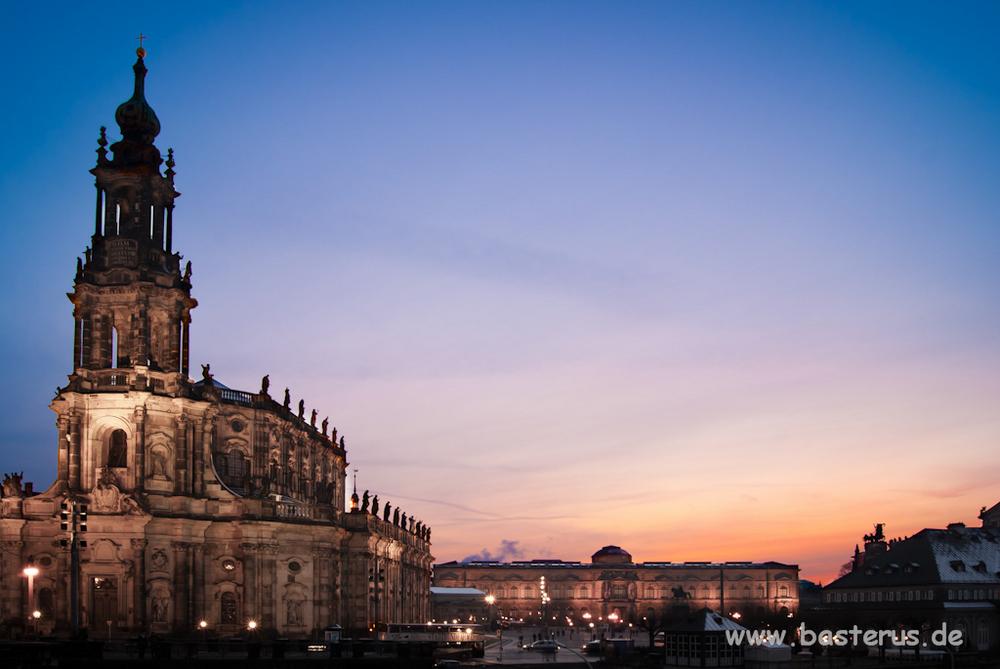 Altstadt - Hofkirche und Zwinger bei Nacht