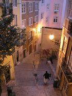 Altstadtgasse in Lissabon