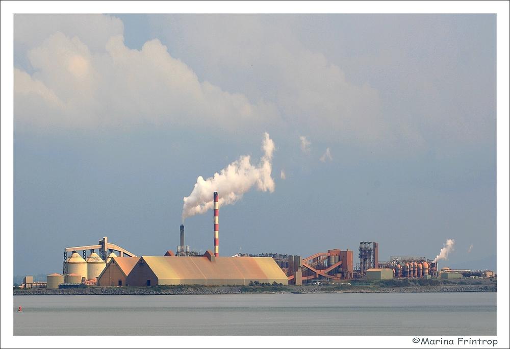 Alumina Refinery - Industrie am Shannon - Aughinish Island, Irland County Limerick