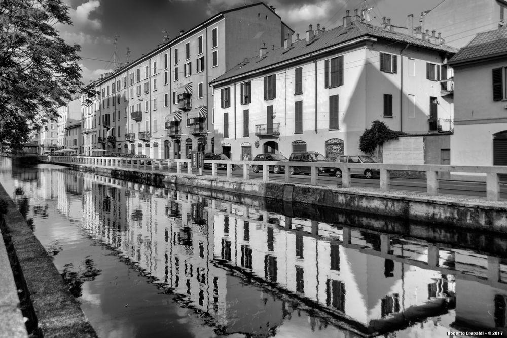 Alzaia Naviglio Pavese, Milano