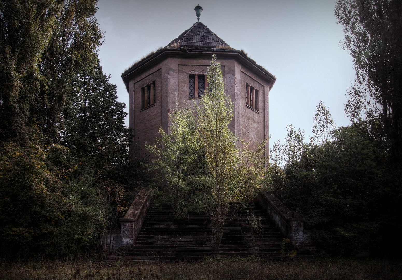 ...am alten Krematorium