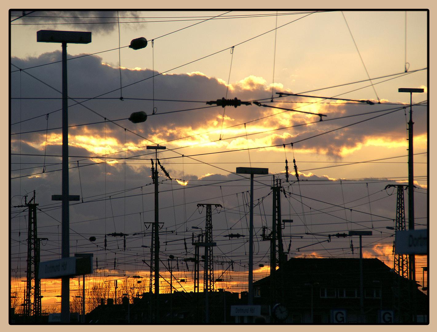 Am Bahnhof geh'n die Lichter aus