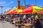 Am Boardwalk in Coney Island