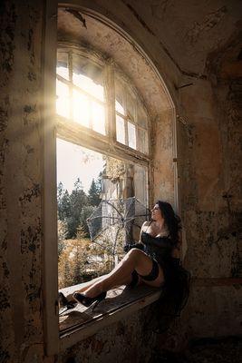 ~ Am Fenster ~