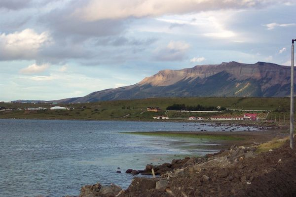 am Fjord von Puerto Natales