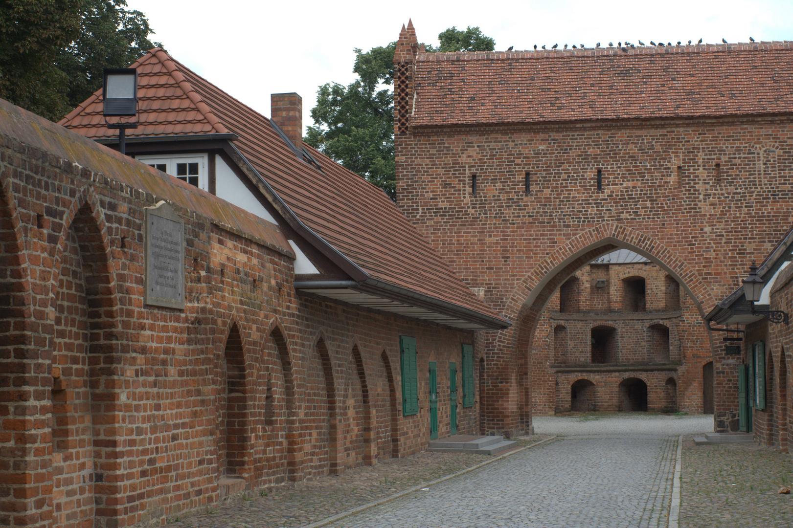 am Friedländer Tor in Neubrandenburg