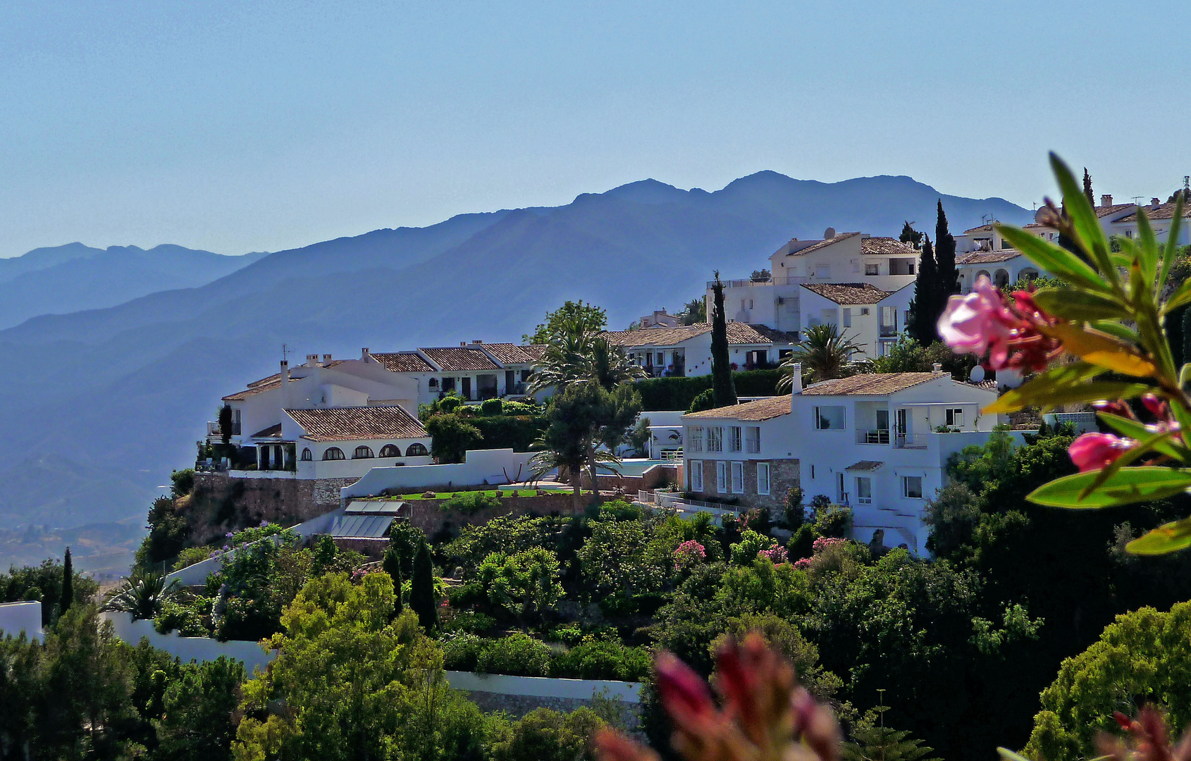 Am Fuß der Berge - Andalusien