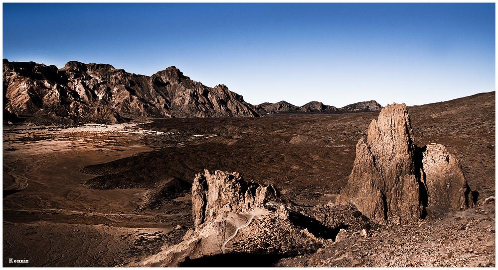 am Fuße des Teide