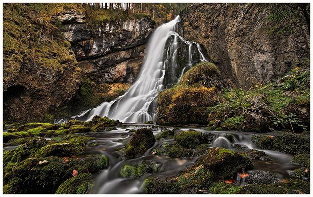 am Fuße des Wasserfall's