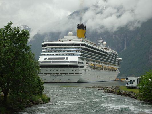 Am Geirangerfjord.
