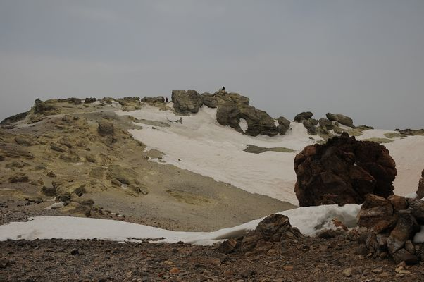 Am Gipfel des Damavand