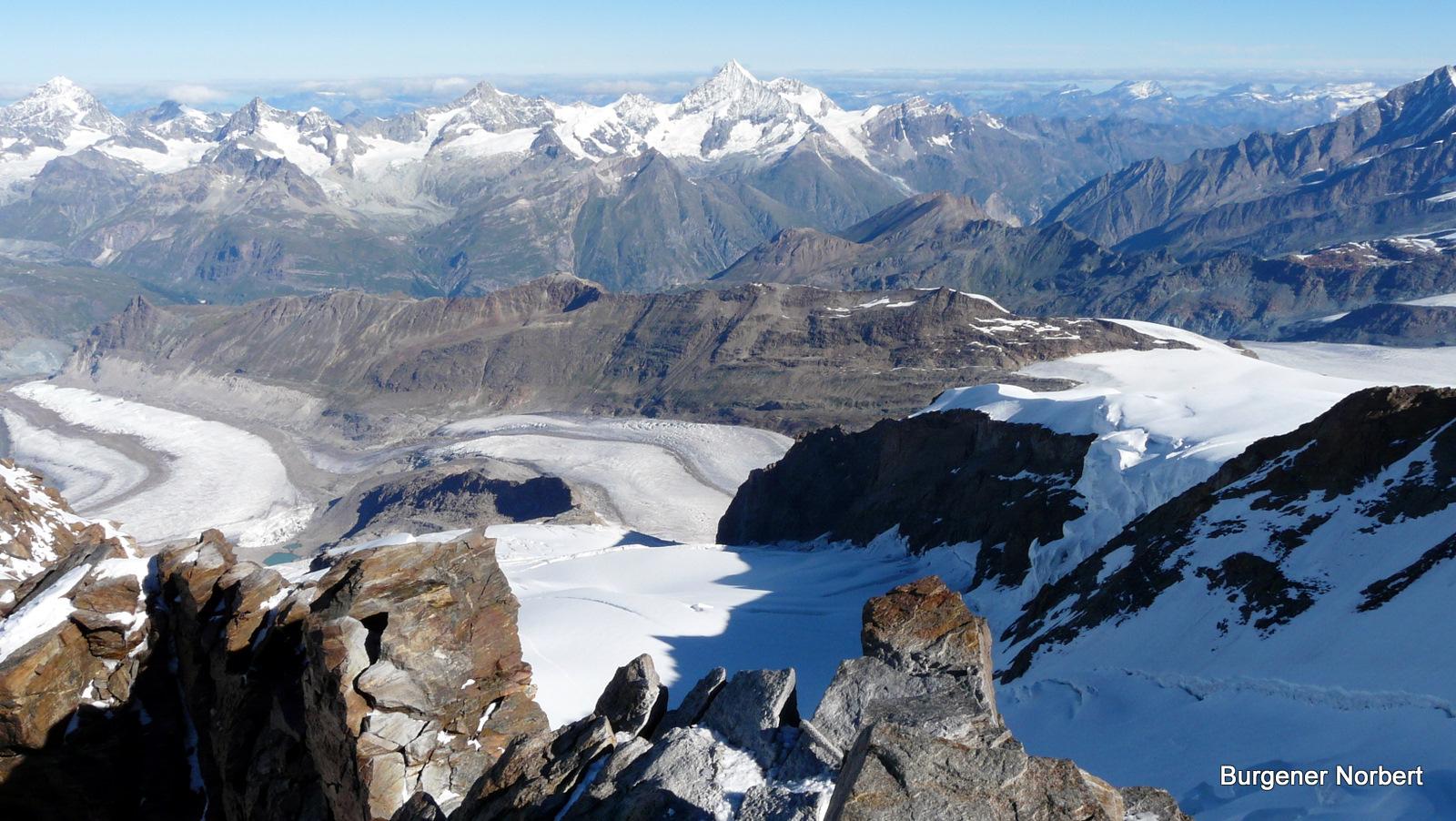 Am Gipfelgrat zur Dufourspitze.