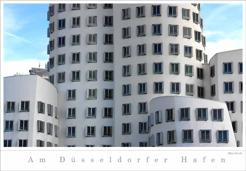 am Hafen von Düsseldorf