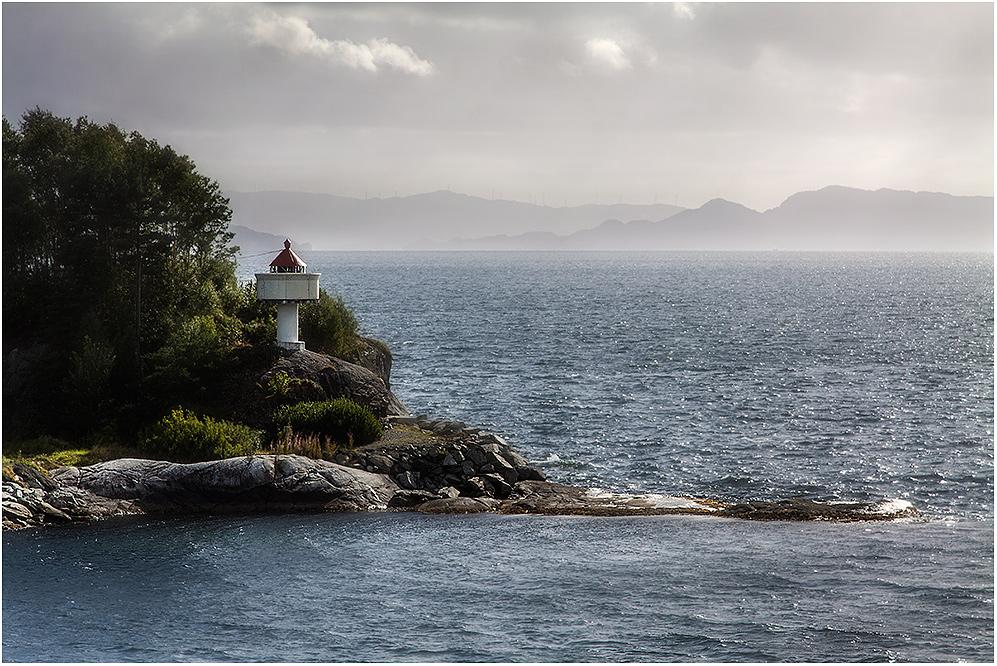 ... am Hardangerfjord IV ...