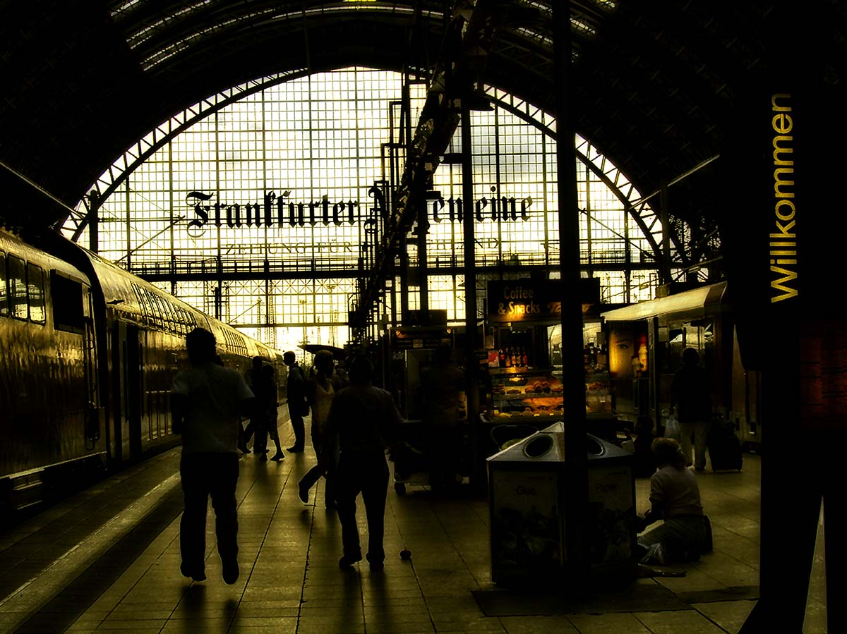 Am Hauptbahnhof Ankunft