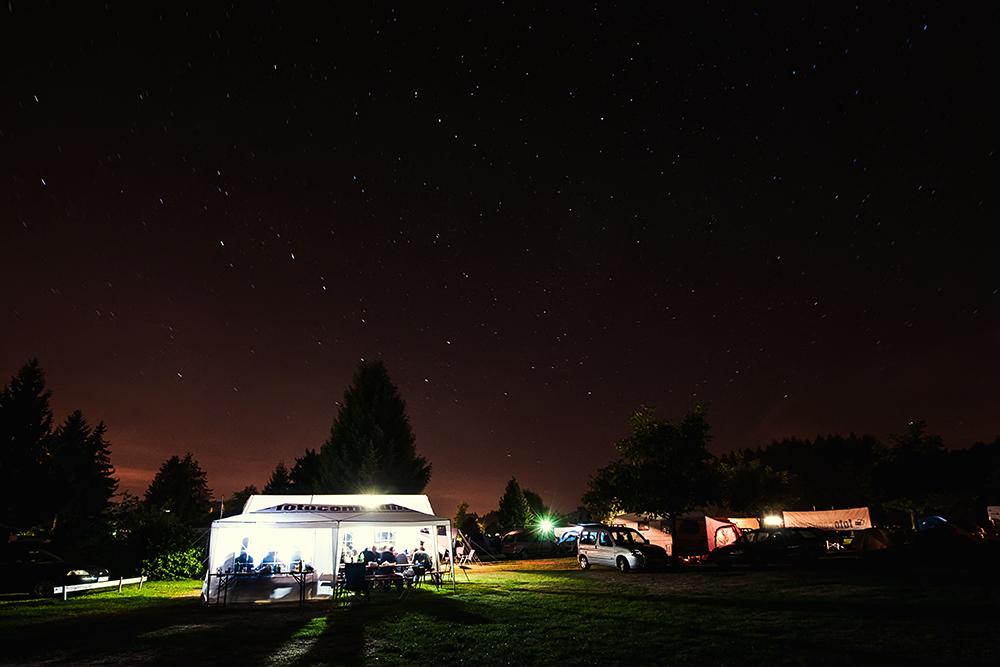 am Himmel leuchten die Sterne und unten leuchten wir :-)