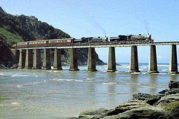 Am Indischen Ozean: Kaaimans River Bridge
